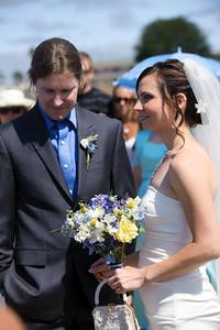 6072-d700_Laura_and_Kaylen_Santa_Cruz_Wedding_Photography