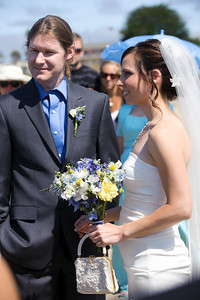6076-d700_Laura_and_Kaylen_Santa_Cruz_Wedding_Photography