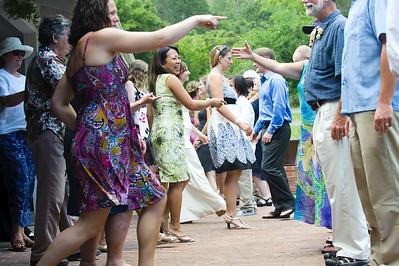 6807-d700_Laura_and_Kaylen_Santa_Cruz_Wedding_Photography