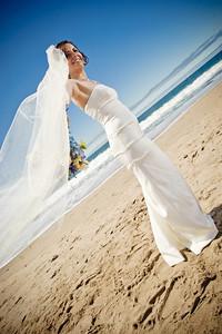 3927-d3_Laura_and_Kaylen_Santa_Cruz_Wedding_Photography