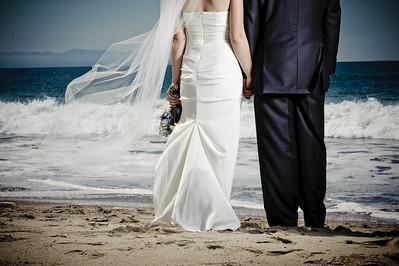 6257-d700_Laura_and_Kaylen_Santa_Cruz_Wedding_Photography