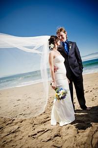 3936-d3_Laura_and_Kaylen_Santa_Cruz_Wedding_Photography