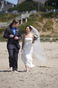 6047-d700_Laura_and_Kaylen_Santa_Cruz_Wedding_Photography