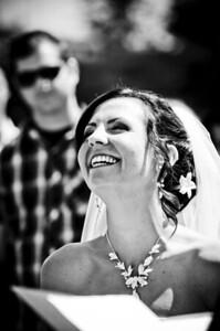 6104-d700_Laura_and_Kaylen_Santa_Cruz_Wedding_Photography