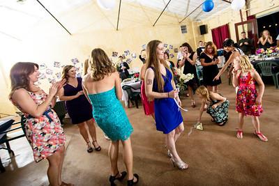 8266_d800_Kelly_and_Ryan_Dancing_Deer_Farm_Templeton_Wedding_Photography