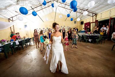 8255_d800_Kelly_and_Ryan_Dancing_Deer_Farm_Templeton_Wedding_Photography