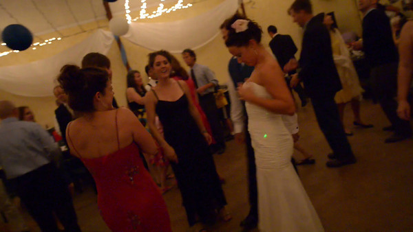8089_d800_Kelly_and_Ryan_Dancing_Deer_Farm_Templeton_Wedding_Photography