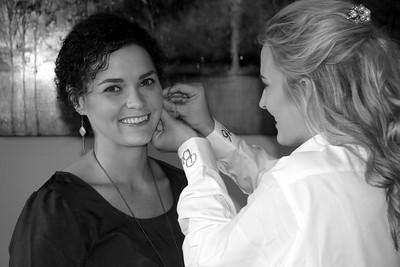BRIDESMAIDS GETTING READY  KRALIKPHOTO  (83)