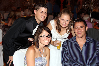 WADE AND JESSICA WITH GUESTS  (56)