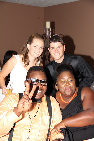 WADE AND JESSICA WITH GUESTS  (40)