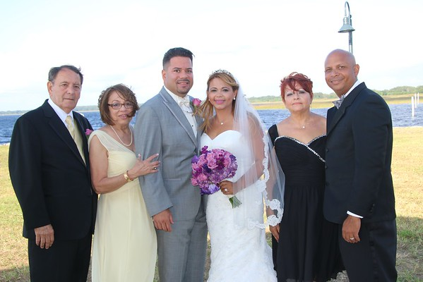 MARIA AND JOHN FORMALS WITH WEDDING PARTY AND FAMILY