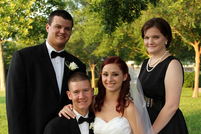 FORMALS FAMILY AND WEDDING PARTY (111)