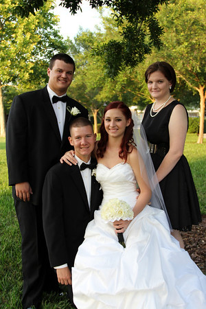 FORMALS FAMILY AND WEDDING PARTY (110)