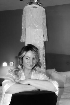 CASSIE GETTING READY KRALIK PHOTO  (50)