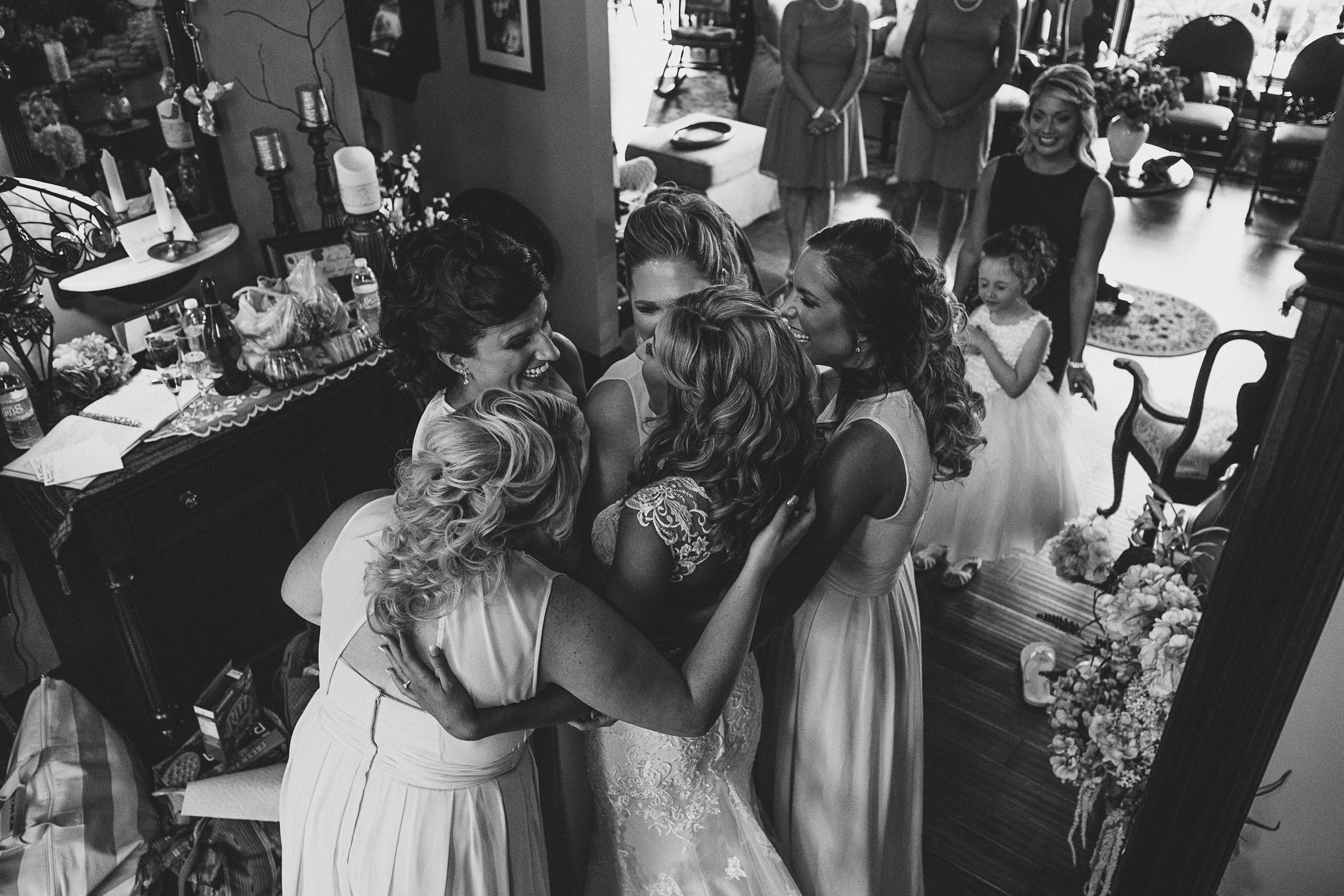 bride reveal huddle