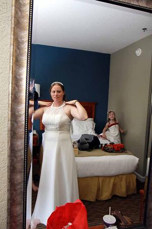 08-07-11 Wedding 040 c