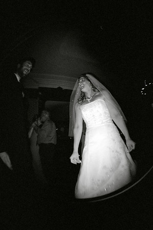 /Volumes/More Pictures/New Work/ Weddings/Jen and Brian 2006 06 24/ Film Proofs/ Uploaded/99470011