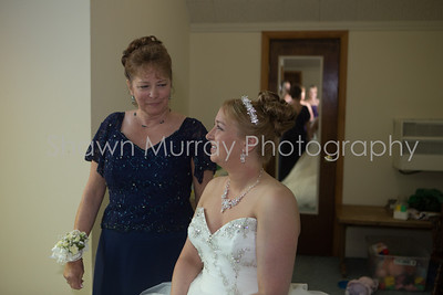 0048_Getting-Ready_Jen-Travis_060813