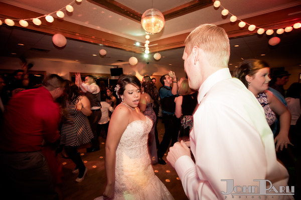 Wedding-Jennie_Erik-725-2