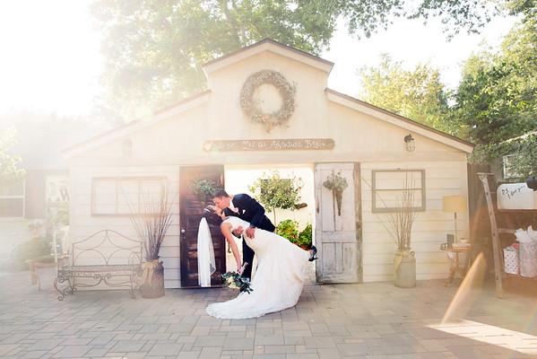 Jennifer and Brandon Wedding Sneak Peek