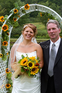 Jessica & Leigh_082110-1170-529