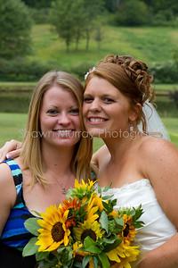 Jessica & Leigh_082110-1149-527