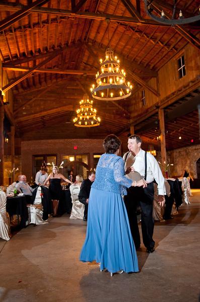 Jim and Robyn Wedding Day-543