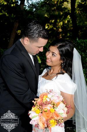 Johnathan + Erica / Riverside Wedding