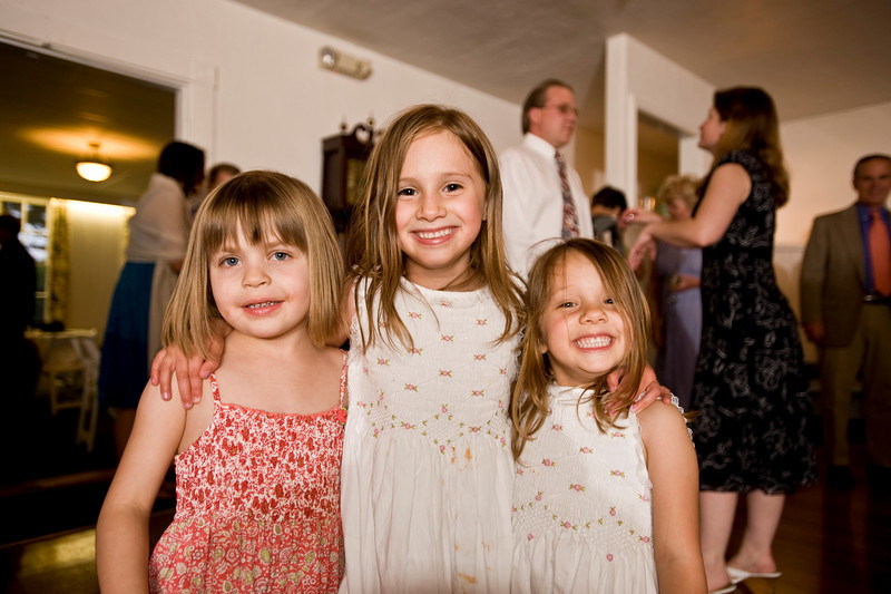 20090523_dtepper_jon+nicole_006_reception_D700_3641