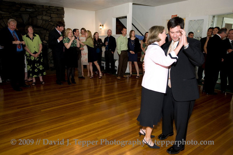 20090523_dtepper_jon+nicole_004_reception_D700_3352