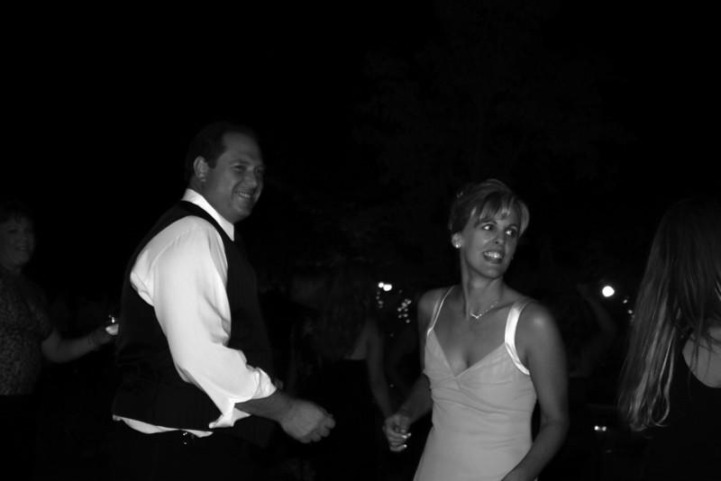 Tim & Lisa dance bw