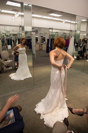 """Sara Picking """"THE"""" Dress Photos"""