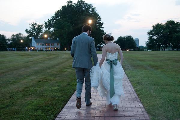 Julia + Ethan. Swan Harbor Wedding.