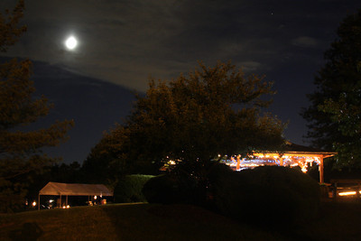 A full moon above the reception venue - Chagrin Falls, OH ... June 27, 2009 ... Photo by Rob Page III