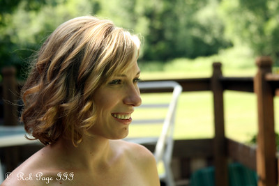 Julie in the minutes before the wedding - Chagrin Falls, OH ... June 27, 2009 ... Photo by Rob Page III
