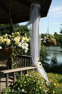 Almost time for the wedding - Chagrin Falls, OH ... June 27, 2009 ... Photo by Rob Page III