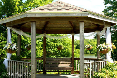 The gazebo is ready for the bride and groom - Chagrin Falls, OH ... June 27, 2009 ... Photo by Emily Page