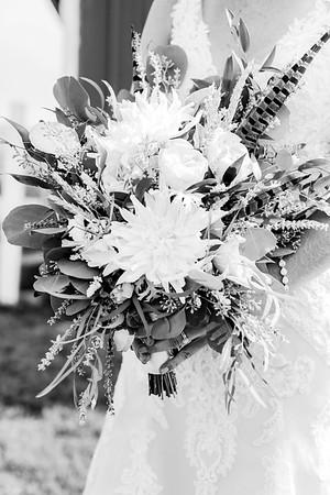 00112-©ADHPhotography2019--JustinMattieBell--Wedding--September28bw