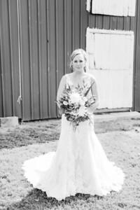 00101-©ADHPhotography2019--JustinMattieBell--Wedding--September28bw