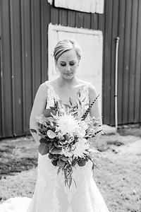 00107-©ADHPhotography2019--JustinMattieBell--Wedding--September28bw
