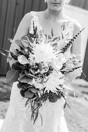 00111-©ADHPhotography2019--JustinMattieBell--Wedding--September28bw
