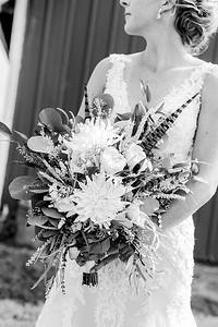 00120-©ADHPhotography2019--JustinMattieBell--Wedding--September28bw