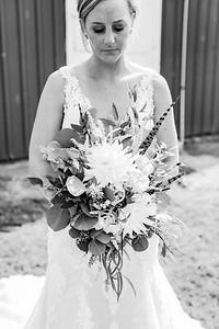 00109-©ADHPhotography2019--JustinMattieBell--Wedding--September28bw