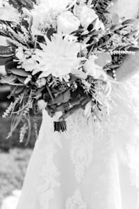 00114-©ADHPhotography2019--JustinMattieBell--Wedding--September28bw