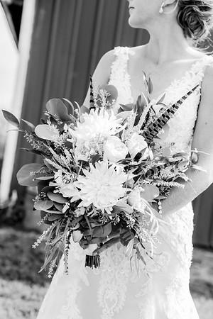 00117-©ADHPhotography2019--JustinMattieBell--Wedding--September28bw
