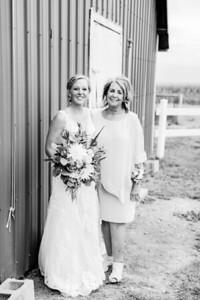 00573-©ADHPhotography2019--JustinMattieBell--Wedding--September28bw