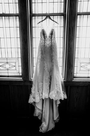 00002-©ADHPhotography2019--JustinMattieBell--Wedding--September28bw