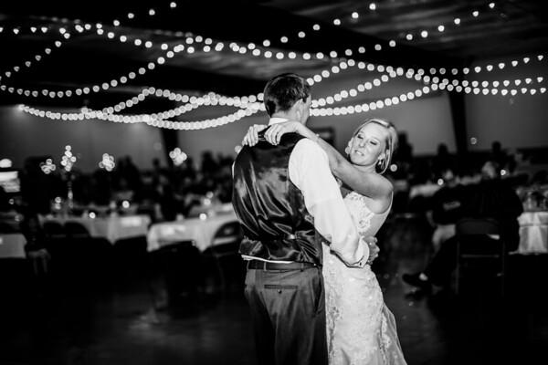 02874-©ADHPhotography2019--JustinMattieBell--Wedding--September28bw