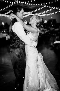 02879-©ADHPhotography2019--JustinMattieBell--Wedding--September28bw