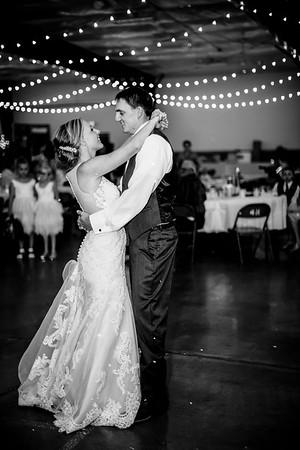 02882-©ADHPhotography2019--JustinMattieBell--Wedding--September28bw